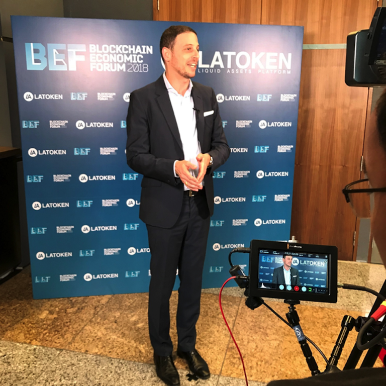 Joshua Rotbart at BEF LATOKEN Singapore 2018 Discusses correlation between cryptocurrencies and Gold